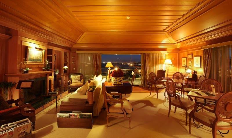 Hotel Janelas Verdes